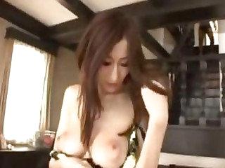 Julia Japanese pron star