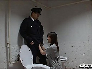 Asian prisoner sucking off be imparted to murder guard's penis