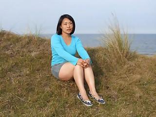 Japanese wife unprofessional nude slideshow vol 01