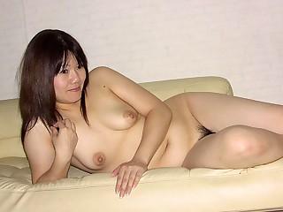 Akiko Miyake in Chubby lady, Akiko Miyake is similar her hairy pussy - AviDolz